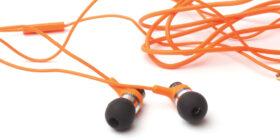 tangled up ear buds